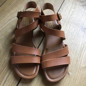 🌻Franco Sarto Tan leather sandals